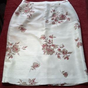 Un Jour Ailleurs Paris Skirt